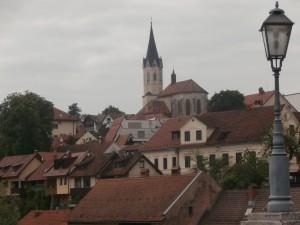 Novo mesto ja Pyhän Nikolauksen kirkko