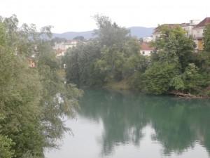 Nova meston kaupunki on Krka-joen rannalla