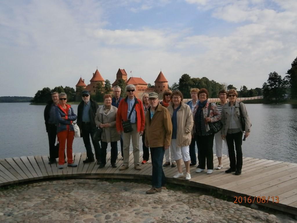 Retkeilijät ja Trakain linna